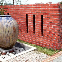 1SF-02 - smoothface facing brick garden fencing - KL, Malaysia